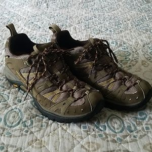 Merrell Womens Low-top Hiking Shoes